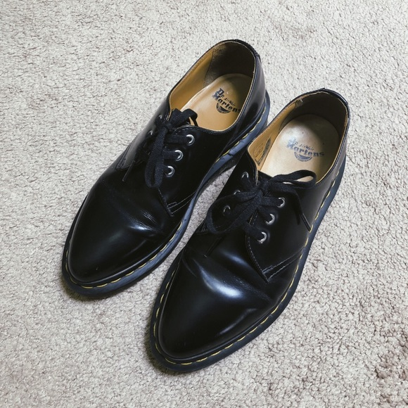 Dr Martens Pointed Toe